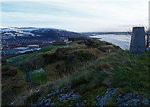 NS3974 : White Tower Crag, Dumbarton Rock by wfmillar