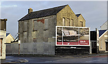 J3673 : Derelict building, Belfast by Albert Bridge
