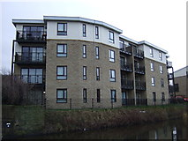 SE1537 : Apartments beside Leeds and Liverpool Canal by JThomas