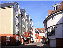 TR1457 : New Housing, Canterbury by Des Blenkinsopp