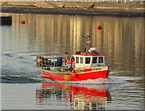 NM8529 : Gemini in Oban Bay by The Carlisle Kid