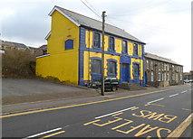 SS9497 : Royal Oak pub, Ynyswen by Jaggery