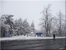 TQ2996 : Entrance to Trent Park Golf Club, London N14 by Christine Matthews