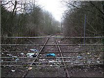 SU1686 : Gate blocking disused GWR Highworth branch line by Vieve Forward