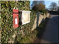 ST6517 : Oborne: postbox № DT9 41 by Chris Downer