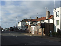 TQ0202 : Disused pub, Littlehampton by Malc McDonald