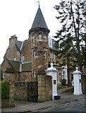 NT2572 : Victorian villa, Chalmers Crescent by kim traynor