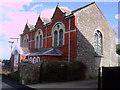SU0887 : House, Hoggs Lane, Purton by Vieve Forward