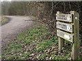 TQ1862 : Chessington Countryside Walk by Colin Smith