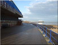 TV6198 : Promenade towards Eastbourne by JThomas