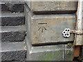 NZ2564 : Benchmark, 25 Dean Street by Keith Edkins