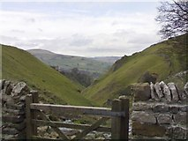 SK1482 : Looking down Cave Dale towards Peveril Castle by Chris Morgan