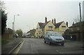 SU9893 : White Hart Inn at the top of Pheasant Hill by John Firth