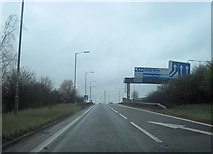 TQ0485 : Slip road to M40 from Denham Roundabout by John Firth