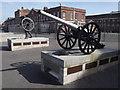 SU6200 : Royal Navy Gun Race Statue by Colin Smith