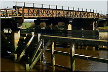 TQ0004 : Ford Railway Bridge by Peter Trimming