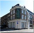 TQ3279 : Former pub on Guy Street by Stephen Craven