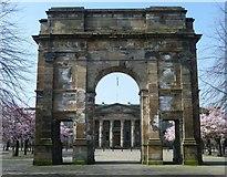 NS5964 : McLennan Arch, Glasgow Green by kim traynor