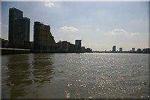 TQ3680 : Looking downriver from Canary Wharf Pier by Christopher Hilton