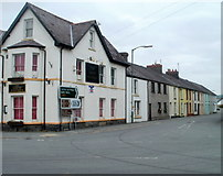 SN7634 : Pub and a row of houses, New Road, Llandovery by Jaggery