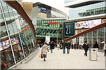 TQ3884 : Westfield shopping centre by Richard Croft