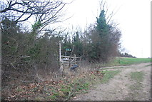 TR1859 : Footpath by Moat Lane by N Chadwick