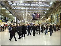 TQ3179 : Evening rush at London Waterloo by Richard Vince