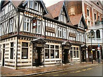 SU6400 : The White Swan Pub, Portsmouth by Paul Gillett