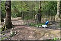 SK3282 : Isolated grave in Ecclesall Woods, Sheffield by Neil Theasby