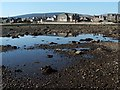 NS2981 : The shore at Helensburgh by Lairich Rig