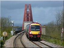 NT1378 : Train approaching Dalmeny Station by kim traynor