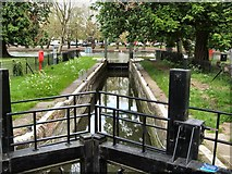 TL0549 : Lock Gate by River Great Ouse by Paul Gillett