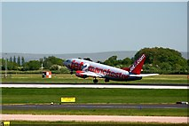 SJ8184 : Boeing 737 on take off by Graham Hogg