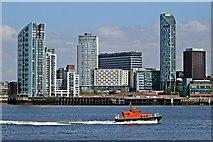 SJ3290 : Liverpool Pilot Boat, Petrel, River Mersey by El Pollock