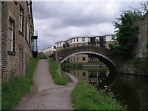 SE1537 : Old and new on the Leeds Liverpool Canal by John Slater
