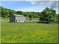 SD9378 : Stone Barn near Stubbing Bridge by Chris Heaton