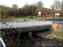 SS8591 : River Llynfi bridge, Nantyffyllon by Jaggery
