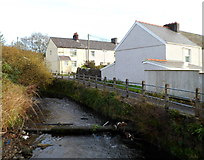 SS8591 : River Llynfi flows towards the A4063, Nantyffyllon  by Jaggery
