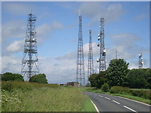 SE9532 : Cave Wold Radio Station, Riplingham by David Hillas