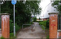 SO8277 : Cycleway & footpath to Carpet Trades Way, Kidderminster by P L Chadwick