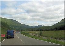 NN2327 : A85 roadworks by the River Lochy by John Firth