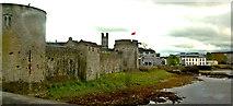R5757 : Limerick - Thomond Bridge - King John's Castle by Joseph Mischyshyn