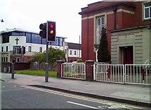 TA0831 : Cottinghan Road/Newland Avenue by Stephen Meara-Blount
