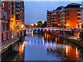 SJ8398 : River Irwell, Spinningfields Footbridge by David Dixon