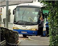 "J2053 : ""Goldline"" coach, Dromore by Albert Bridge"