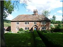 TR0149 : Challock Manor by Marathon
