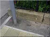 SK7953 : Bench mark, Christ Church, Newark by Alan Murray-Rust