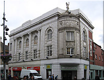 TA2609 : Grimsby - former Savoy Picture House by Dave Bevis