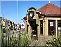 SD3128 : Clockhouse Cafe by Gerald England