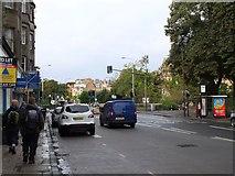 NT2273 : Roseburn Terrace, Edinburgh by Jim Barton
